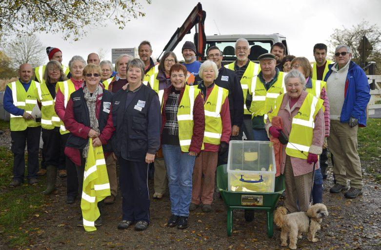 Waterways Chaplains Leading Team of Volunteers mending Hungerford Towpath